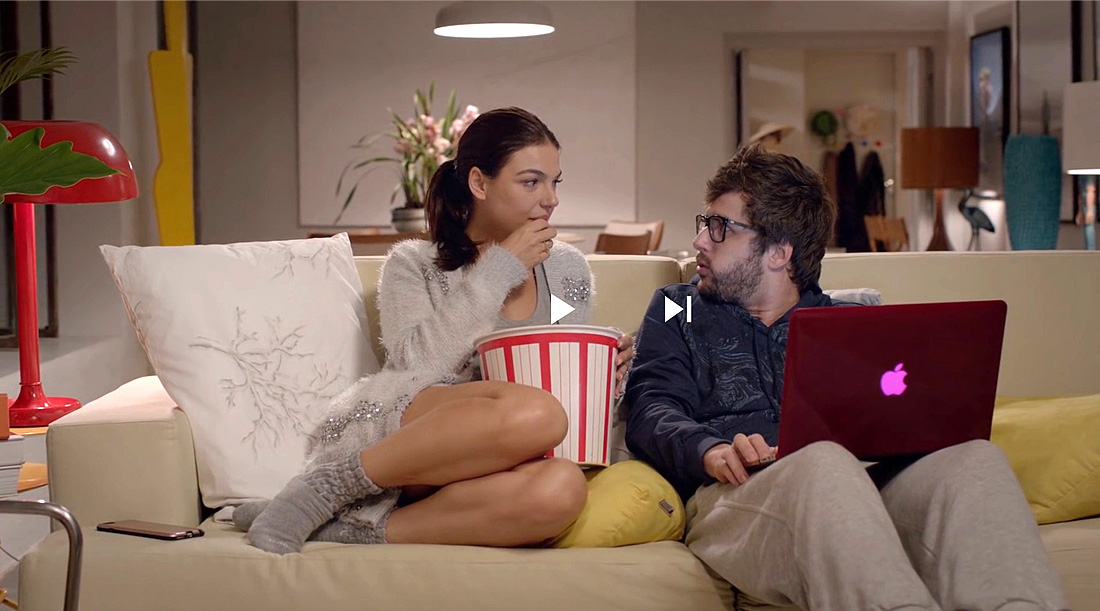 A casa, o home office e os looks de Katrina, do filme Amor.com