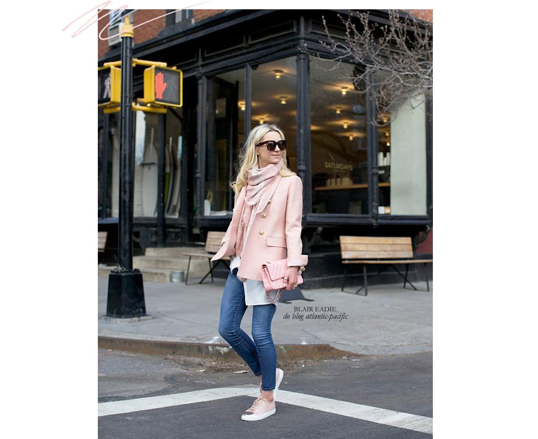 822f993a998 living-gazette-blog-barbara-resende-moda-look-vontade-dia-jeans-tenis-rosa