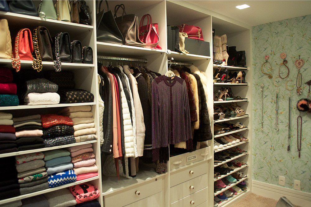 Living visita o closet e o quarto rom nticos de carol for Modelos de zapateras para closets