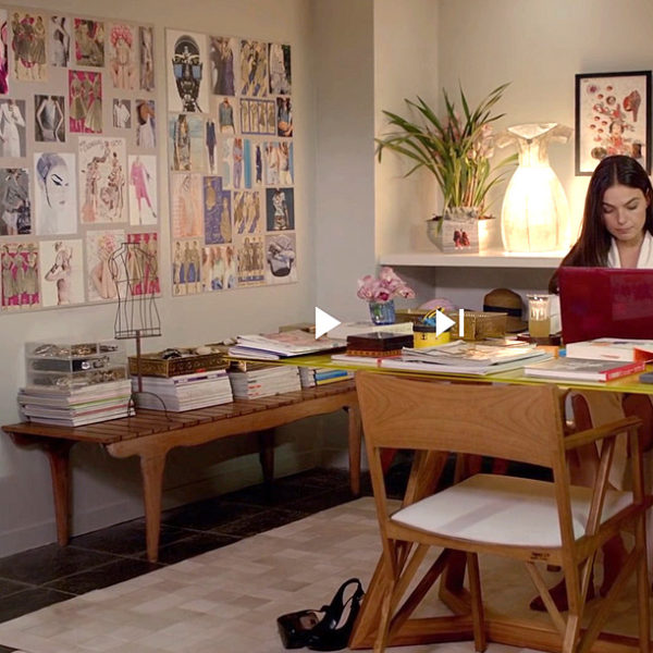 A casa, o home office e os looks de Katrina, do filme Amor.com